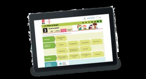 Tablet que mostra l'Entorn Virtual d'Aprenentatge